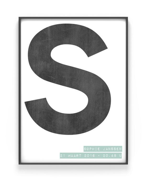 zwart-wit letter poster met eigen tekst. Online zelf naam posters maken met eigen naam en kleur (o.a mint en oker-geel)