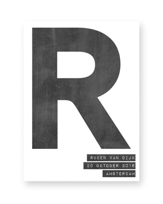 Gepersonaliseerde zwart-wit letter poster met eigen naam. Online posters maken met eigen tekst en kleur (o.a mint en oker-geel)