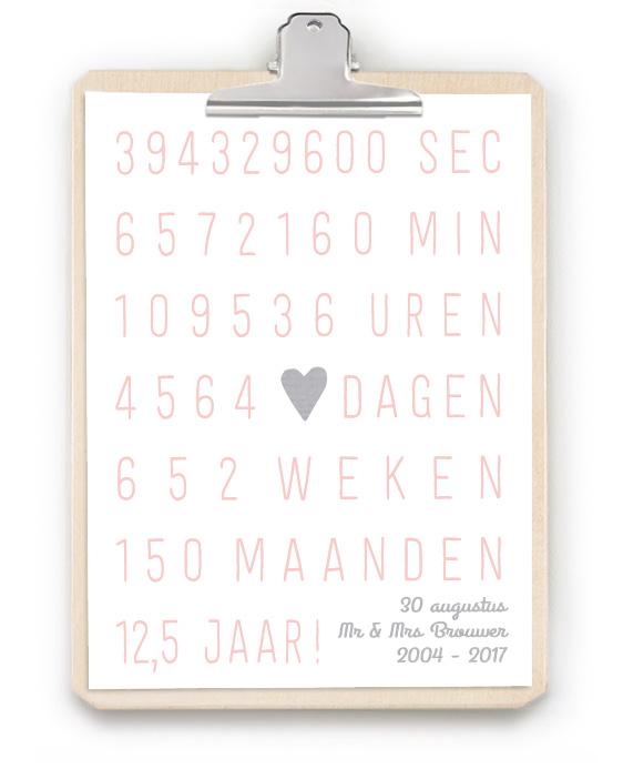 Jubileum Print met Klembord - Origineel en persoonlijk huwelijkscadeau - Trouwposter plus houten klembord - Zelf poster maken bij printcandy.nl