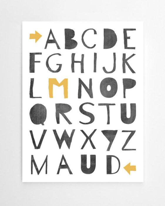 alfabet poster met eigen naam in zwart-wit