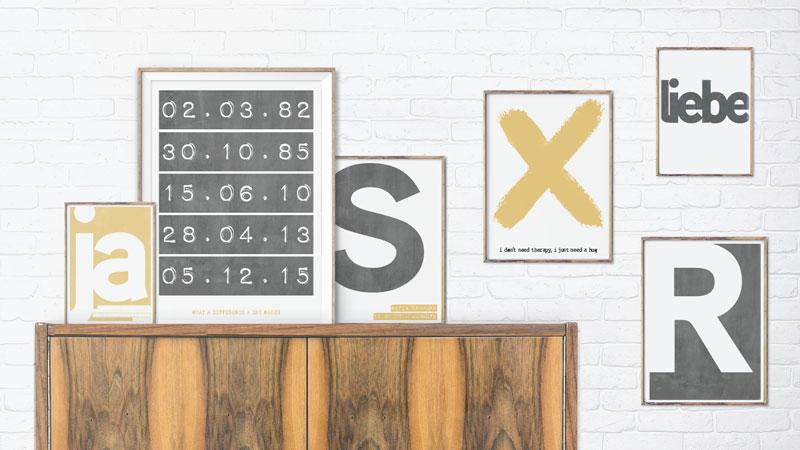 posters typografisch zwart-wit met geel kleuraccent