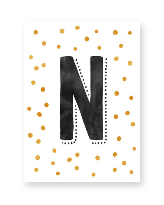 ABC Letter Poster. Online zelf poster maken met eigen letter in monochroom zwart-wit en met kleur-accent (o.a mint en oker-geel)